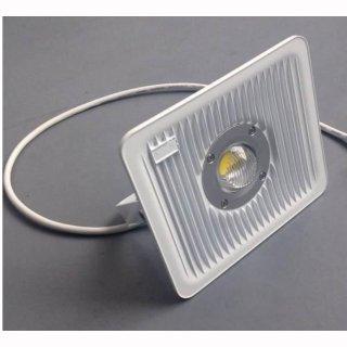 LED Floodlight  30W IP65  Gehäuse weiß silber oder schwarz
